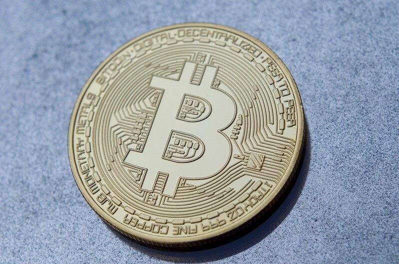 Nuove norme per favorire gli scambi tra valute fiat e criptovalute.
