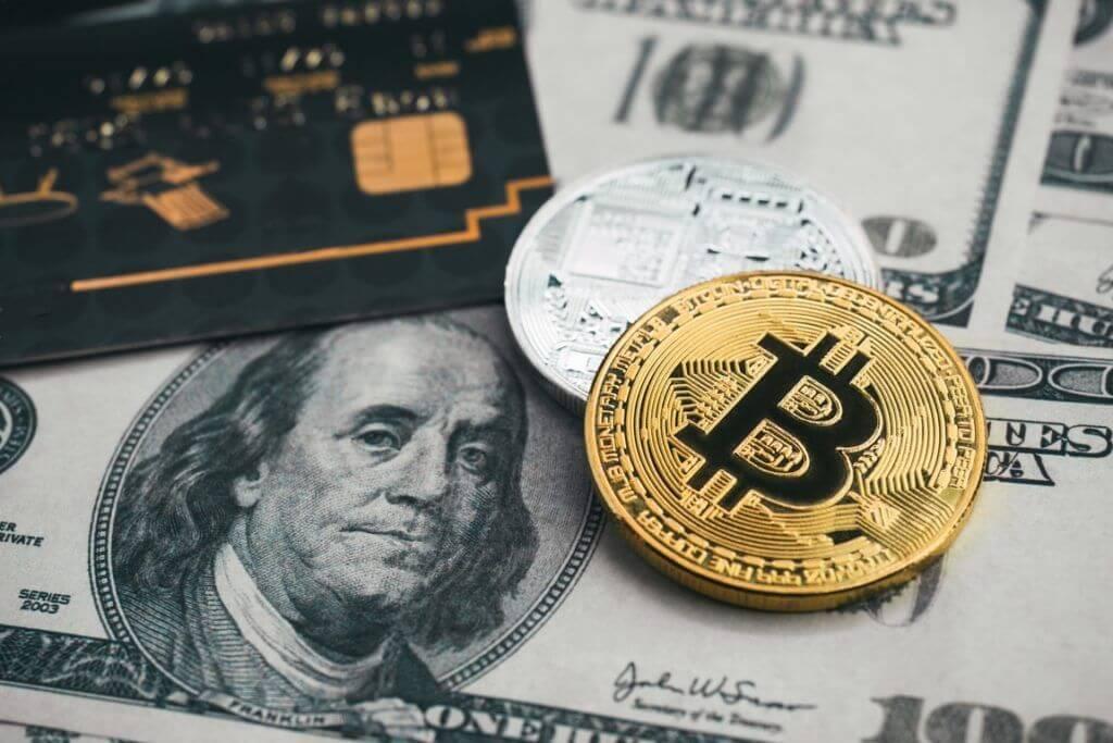 bitcoin allo scambio del dollaro canadese)