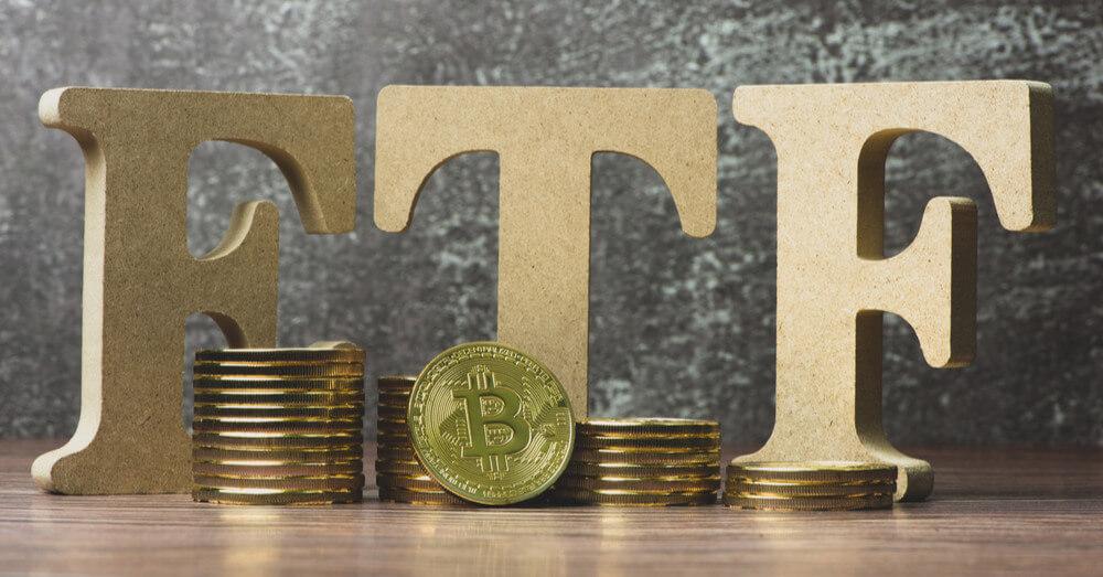 Image de Bitcoins avec les lettres ETF